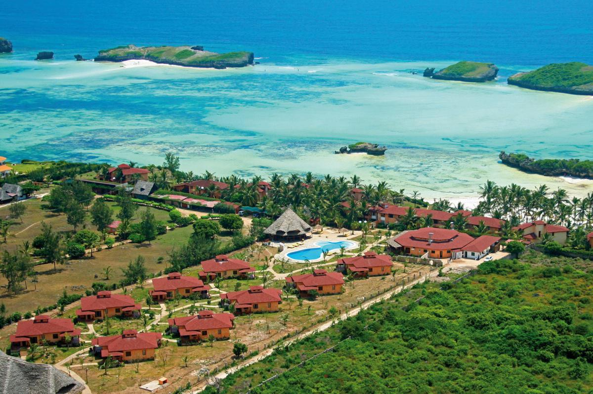 Crystal Bay Resort Experience: Stay from 3499 Per Person including Breakfast!