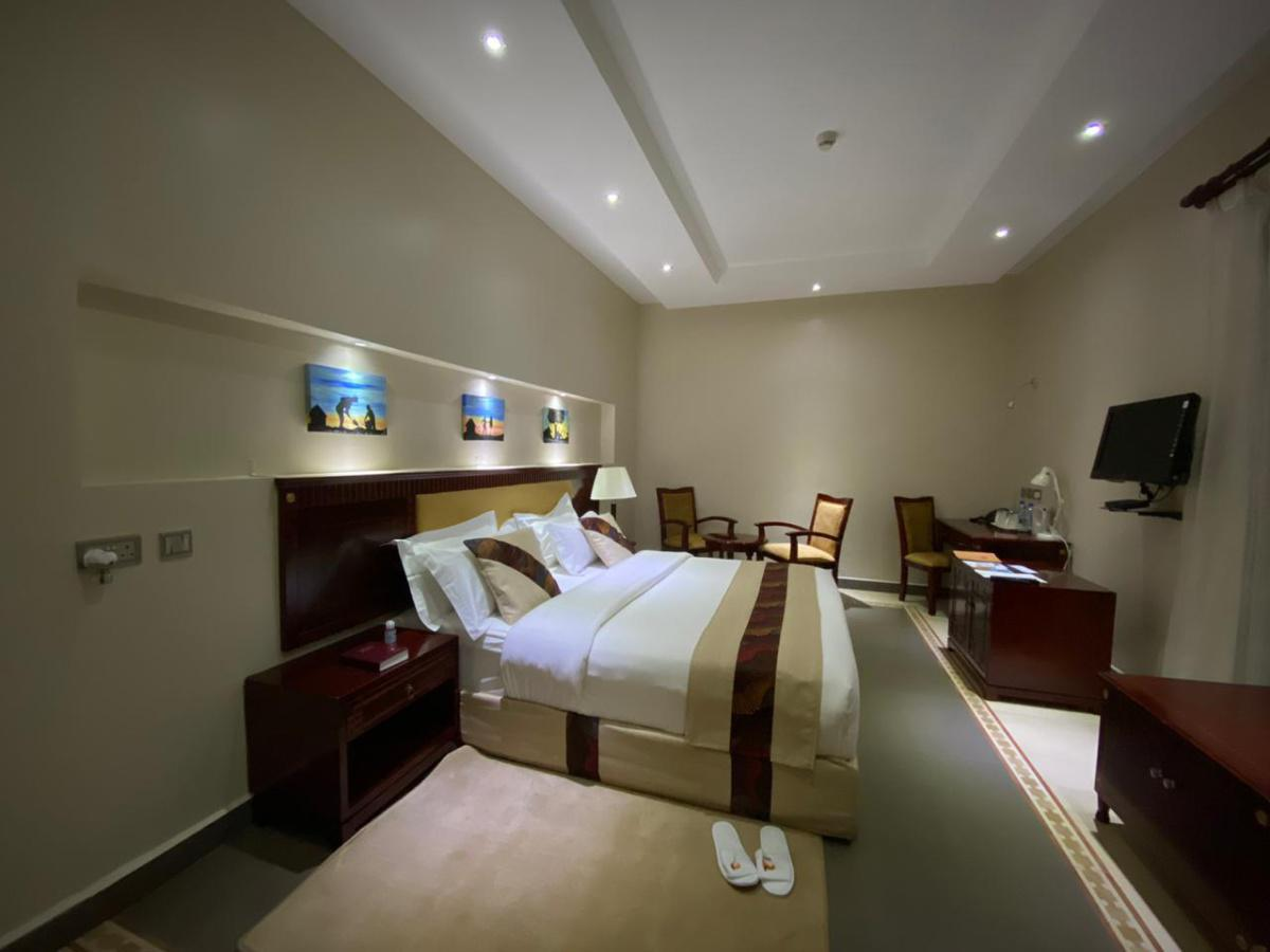 Falcon heights Experience: Stay from 6899 Per Person including meals!