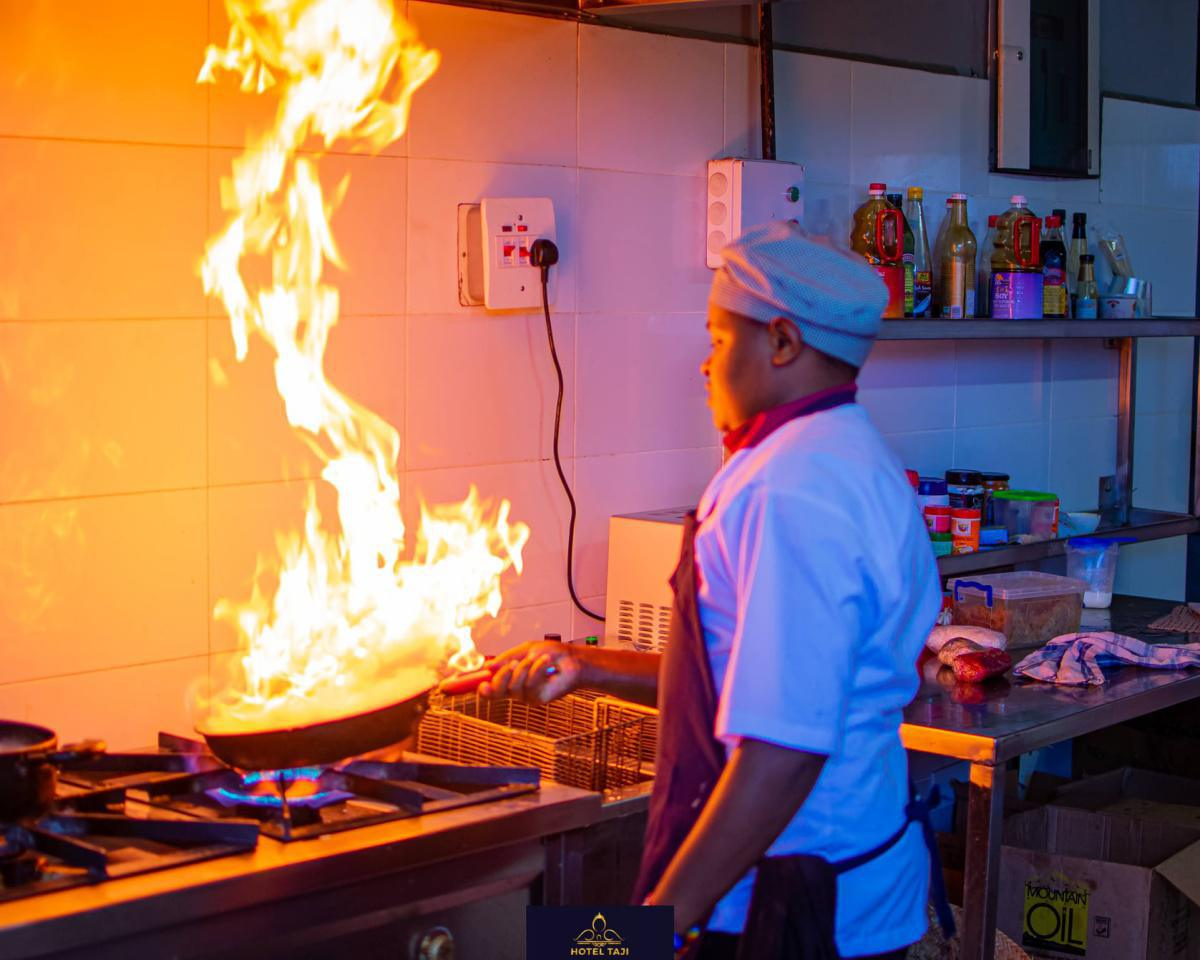 Hotel Taji Experience: Stay from 2799 Per person including breakfast!