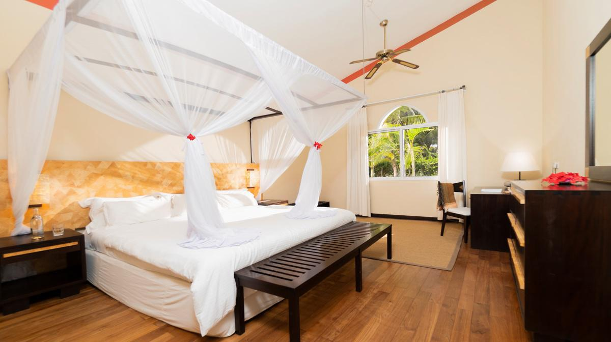 Diamonds Dream of Africa Experience: Stay from 10999 on ALL INCLUSIVE & from 8999 on Half Board!