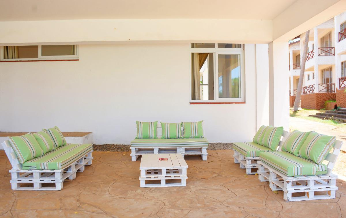 Stay & Party in this 3 Bedroom Beachfront Villa from 2299 Per person!