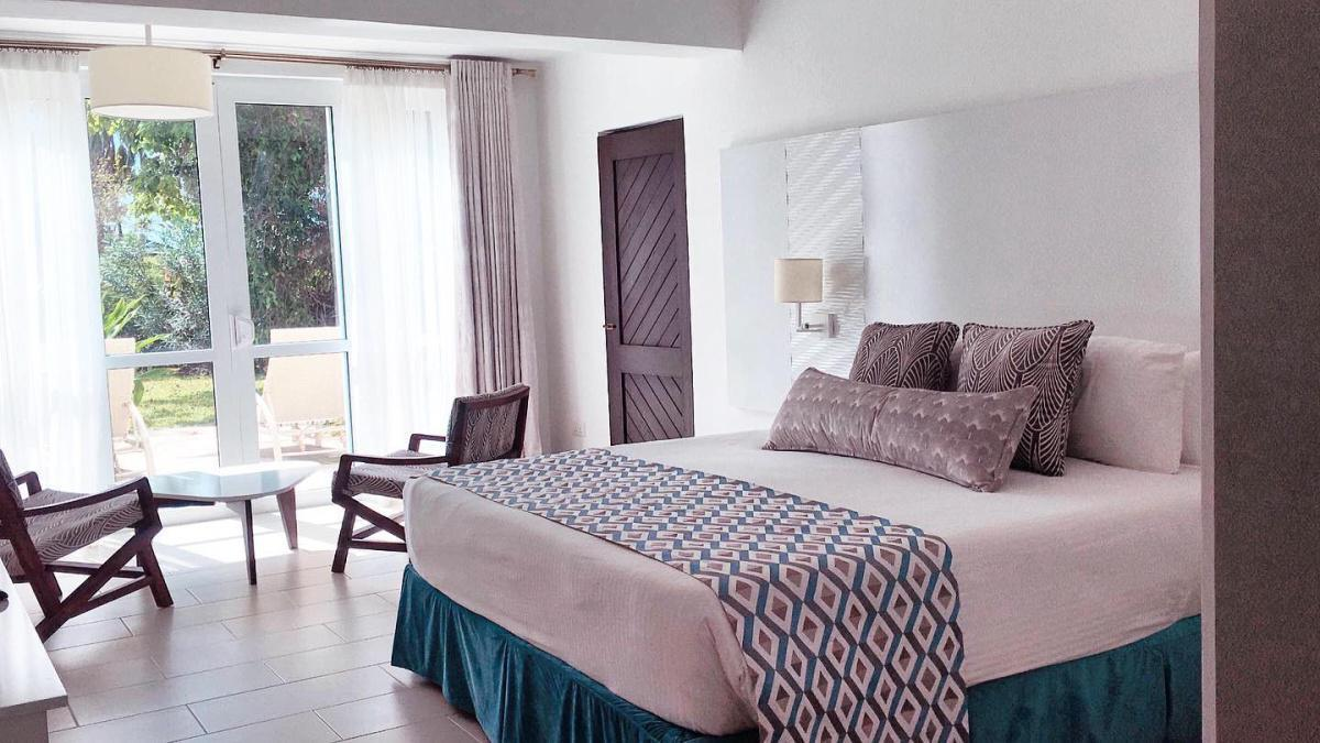 Leopard Beach Resort Experience: Stay from 6499 Per Person!