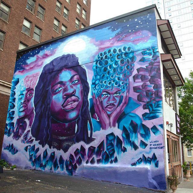Lil Nas X es honrado con un mural de tres pisos en el barrio gay de Filadelfia