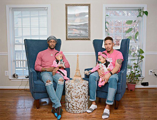 Así refleja Christopher Harrity la paternidad gay