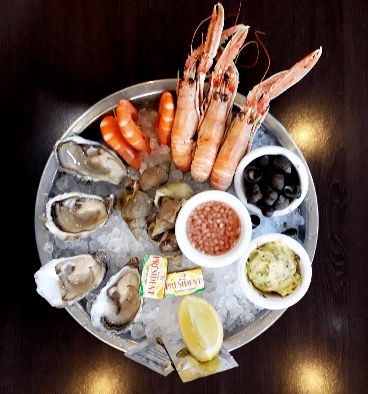 Fisherman's tray