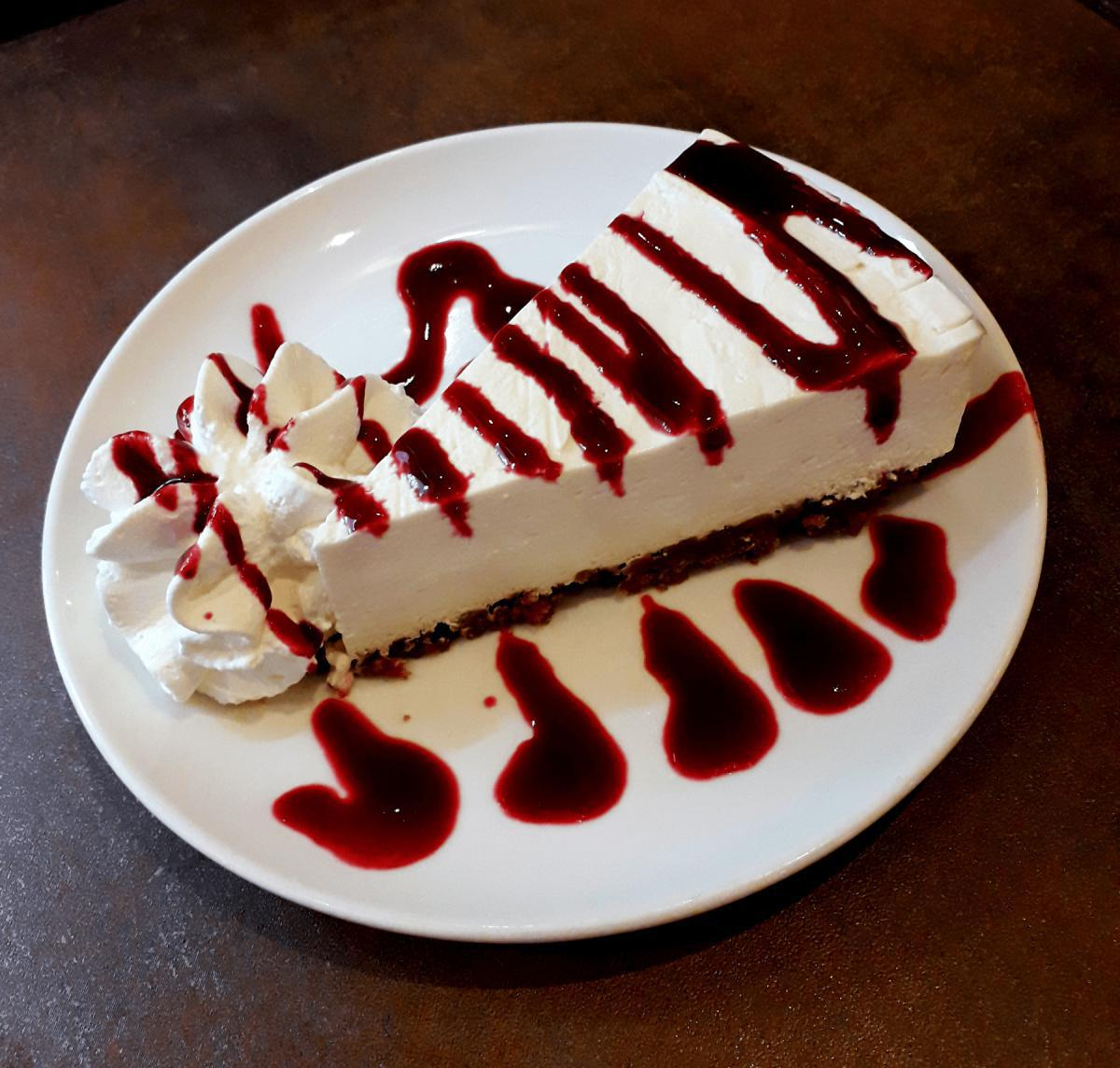 Homemade Cheesecake and its Coulis