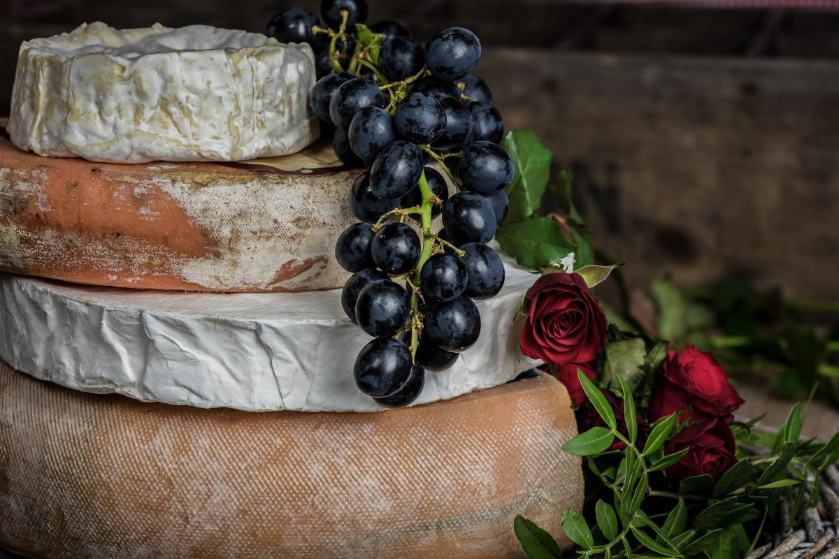 Camembert with raw milk