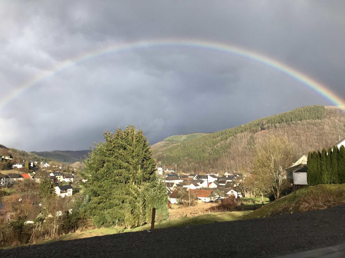 Regenbogen über Birresborn
