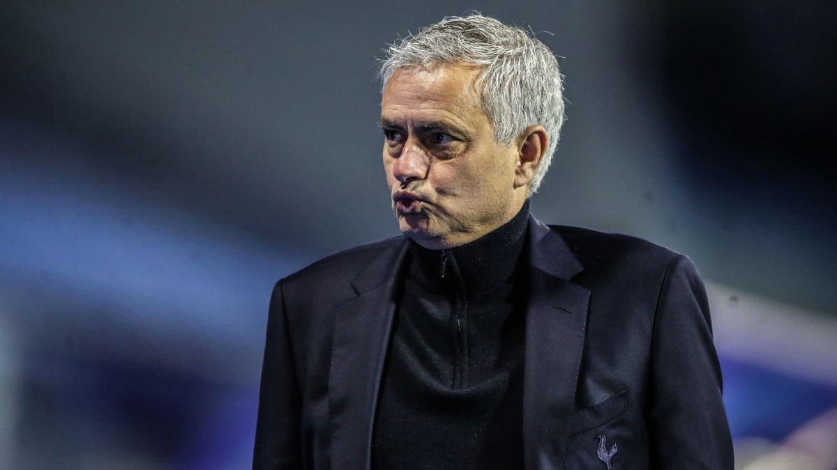 Officiel : José Mourinho licencié par Tottenham