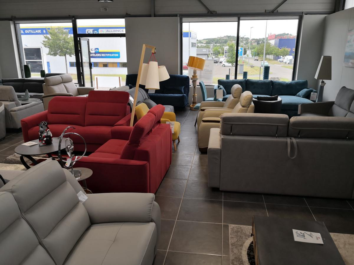 Votre magasin de canapés, fauteuils, matelas, sommiers à Auch.