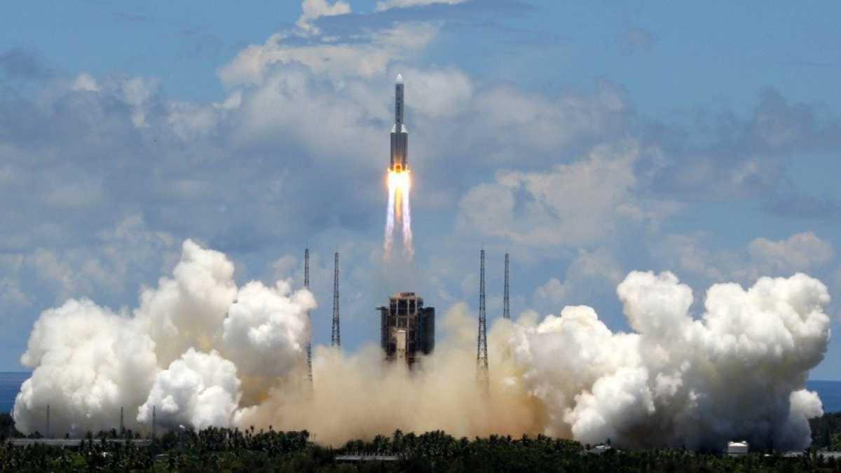 La Chine lance à son tour sa première sonde vers Mars