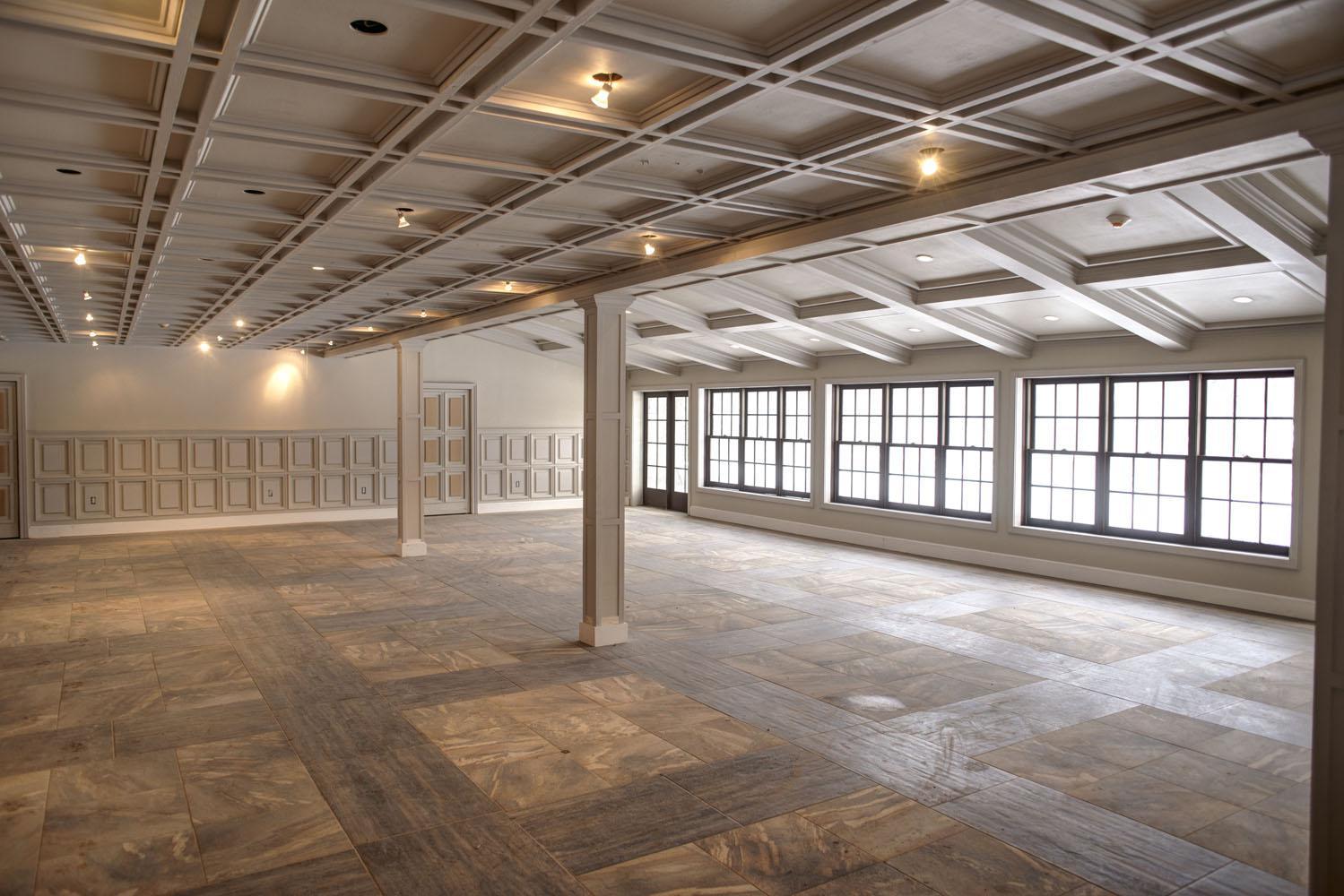 Historic-ballroom1_HDR