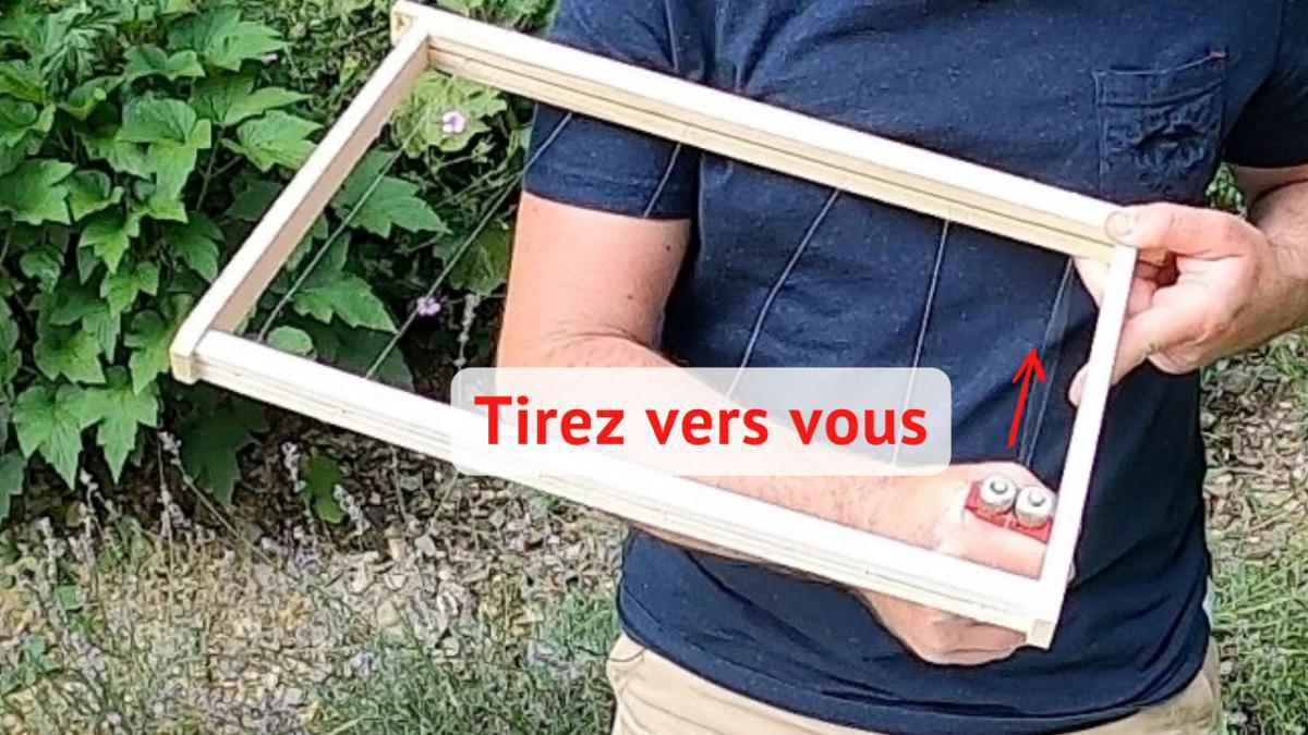 Comment tendre/ retendre les fils d'un cadre de ruche ?