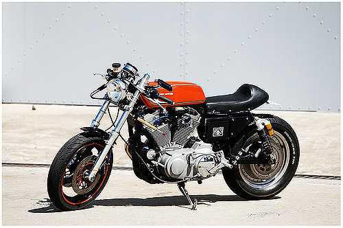 The Harley Davidson Cafe Racer: The Best of Both Worlds!