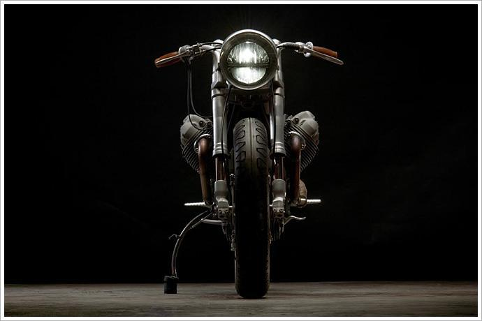 Moto Guzzi 850 Cafe Racer – by Revival Cycles
