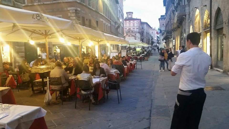 Il Bacio Ristorante Pizzeria - Corso Vannucci