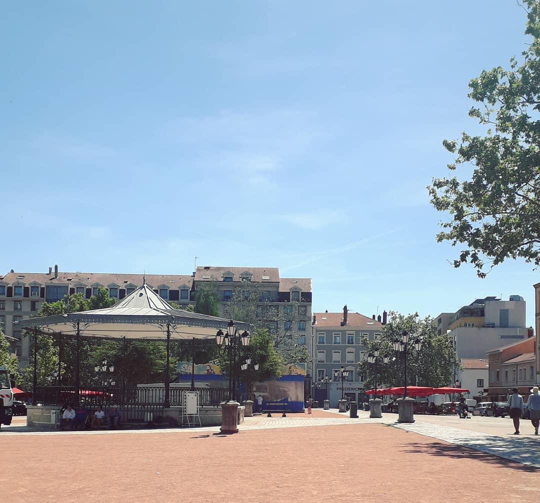 Le quartier Monplaisir