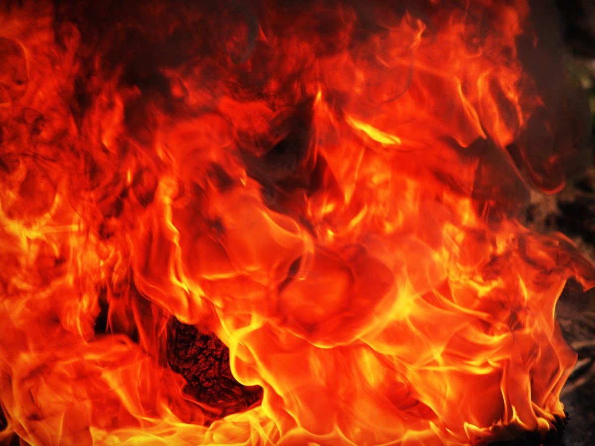 Wie brennt die Flamme?