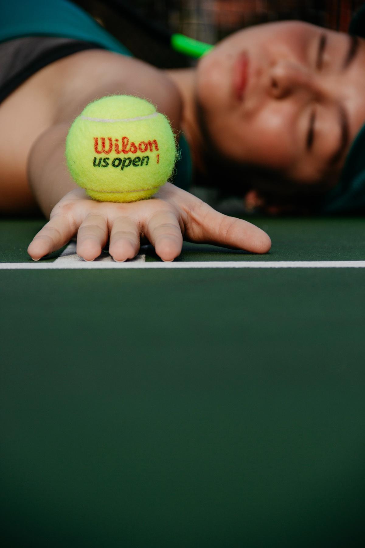 Die unsichtbaren Tennisbälle
