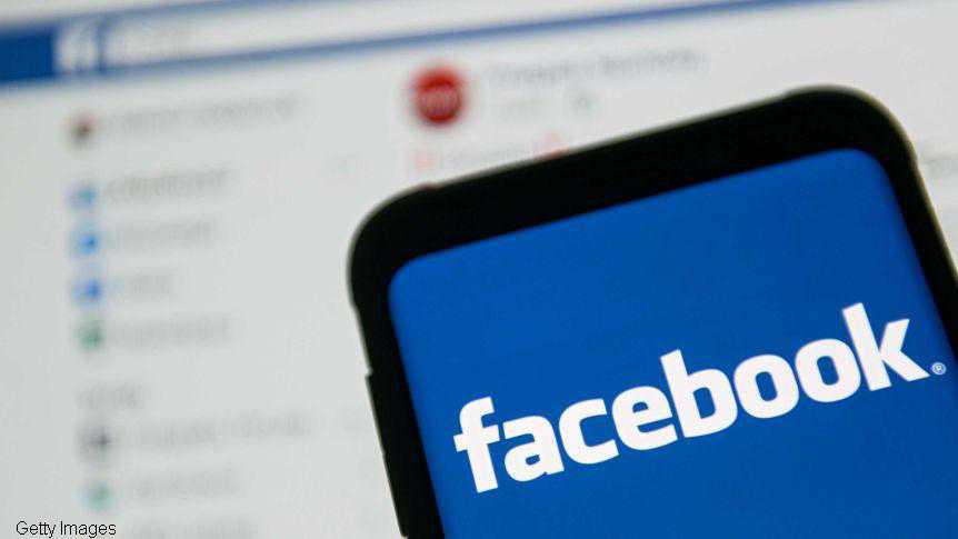 Facebook blocks news content in Australia in row over new media law