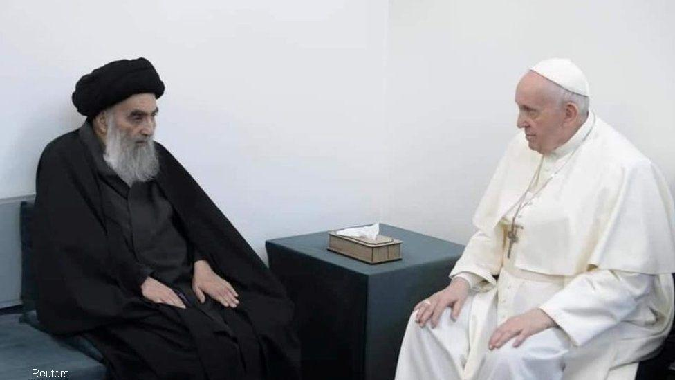 Pope holds historic meeting with Grand Ayatollah in Iraq
