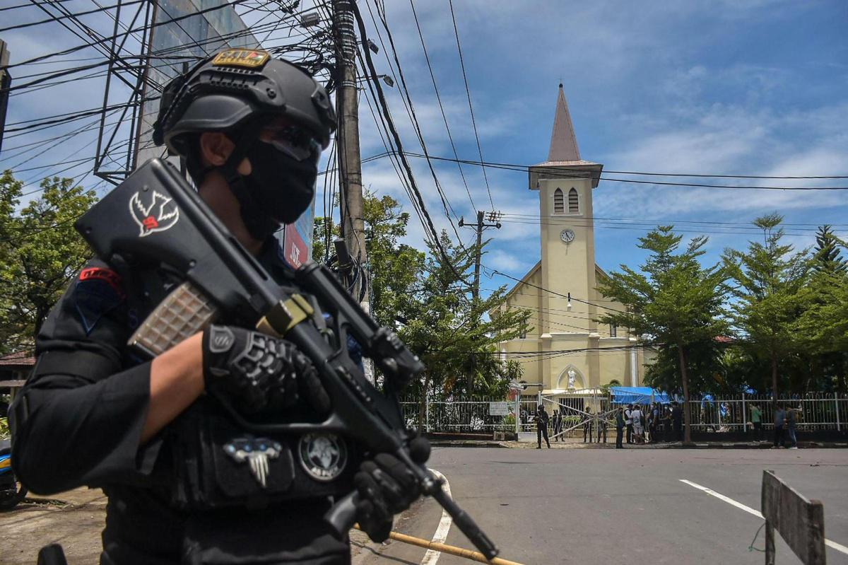 Suicide bombers target Palm Sunday Mass in Indonesia