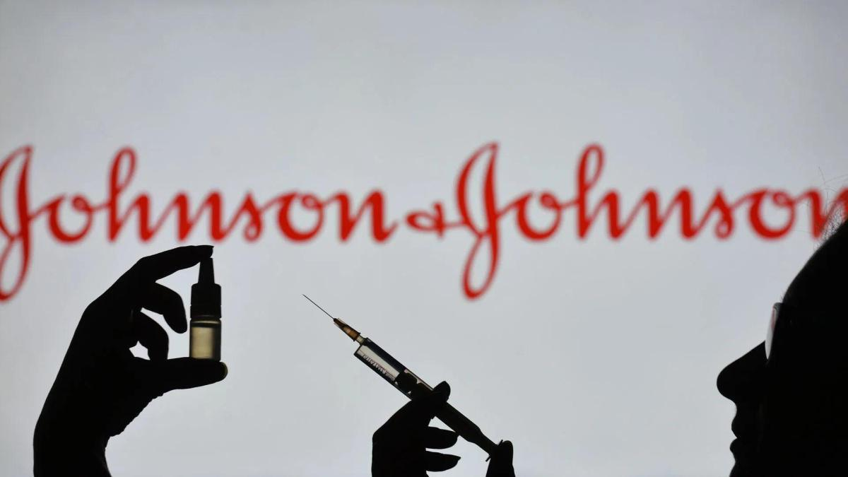 US to pause Johnson & Johnson vaccine over blood clots