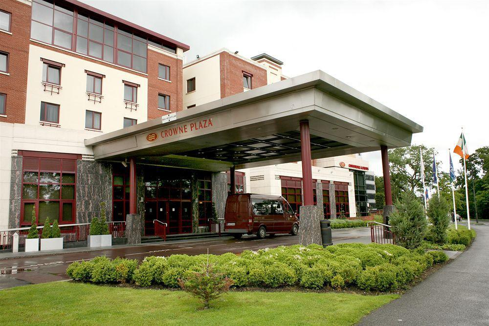 Fully vaccinated people to be exempt from hotel quarantine