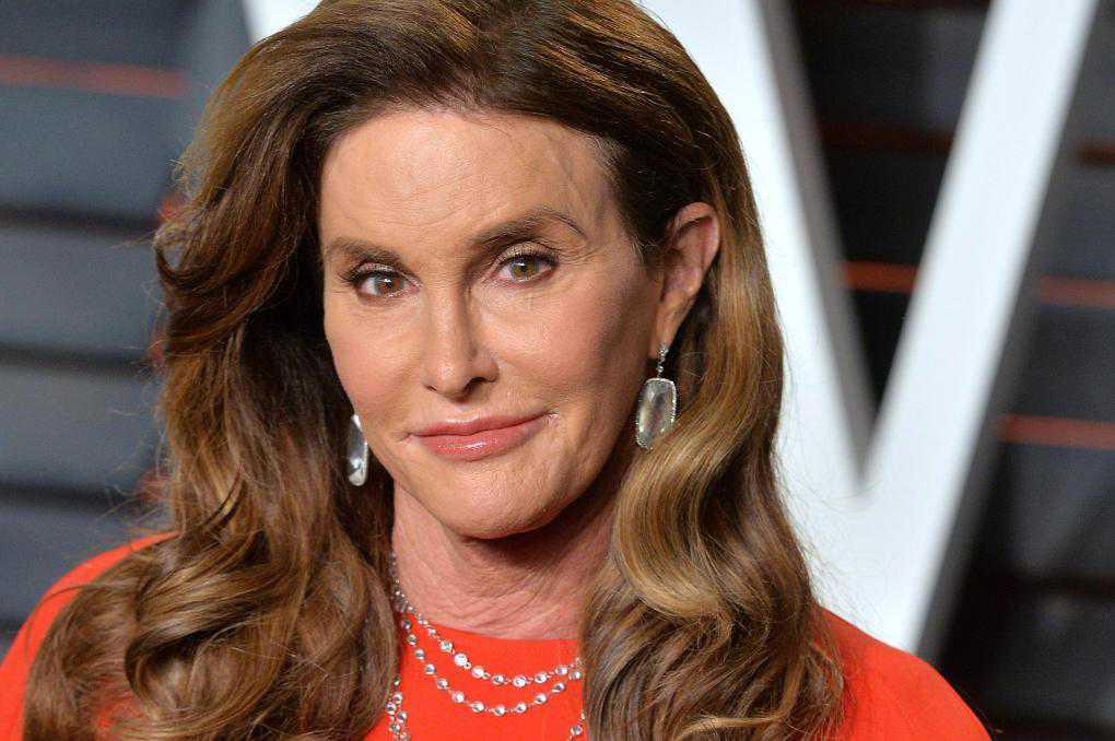 Caitlyn Jenner opposes trans boys playing sports on girls' teams