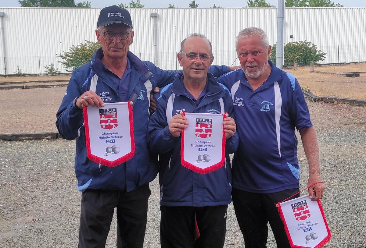 Champions vétérans de pétanque 2021 à Montplaisir Deux-Sèvres (79)