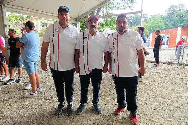 Les champions de l'Ariège triplette à pétanque seniors 2021