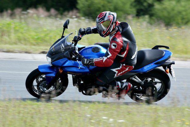 Permis moto 25 ans