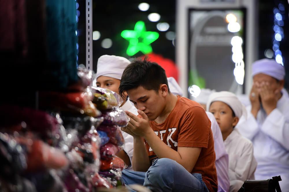 رمضان في أرض الألف تل.. شهر التضامن والتآزر
