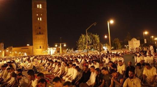مسجد الكتبية رائعة معمارية إسلامية تستقبل آلاف المصلين يوميا خلال شهر رمضان