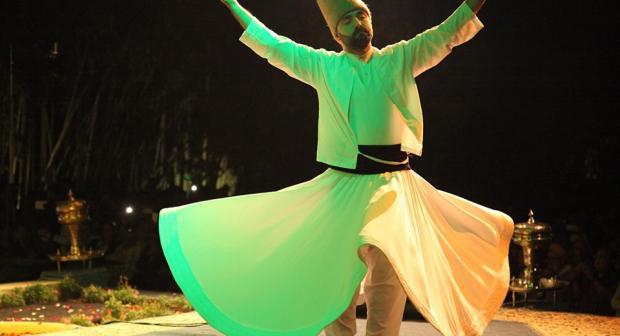 لغة الزهور والعطور تختتم مهرجان فاس للثقافة الصوفية