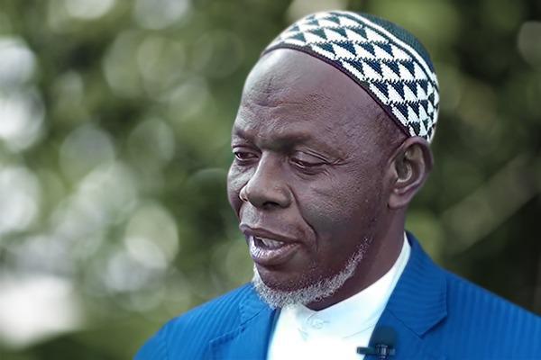 الإمام عمر كوبين لاياما في ذمة الله
