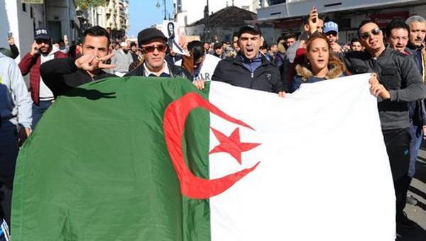 انزلاقات (الشروق) الجزائرية.. الزاوية الريسونية تندد بالمساس بالمقدسات الدينية والوطنية للمملكة