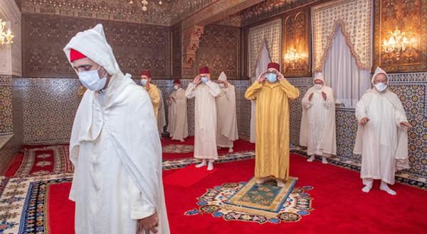 أمير المؤمنين صاحب الجلالة الملك محمد السادس يحيي ليلة القدر المباركة