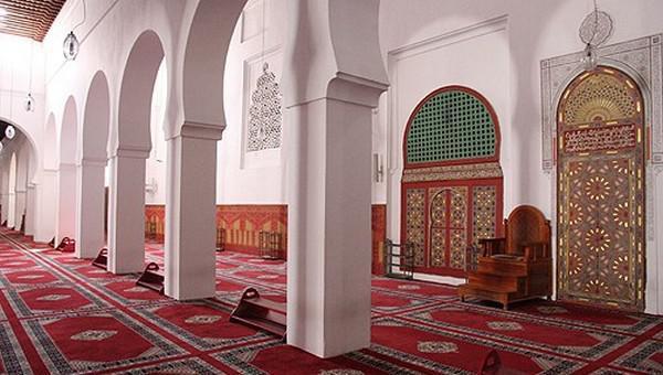 مسجد مولاي اليزيد بمراكش .. تحفة معمارية وقبلة للمصلين خلال شهر رمضان