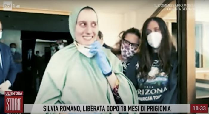 Italie: La conversion à l'islam d'une ex-otage en Somalie fait polémique