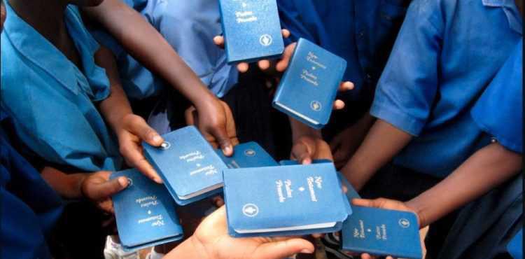Etats-Unis : Un tribunal interdit de distribuer des bibles aux écoles