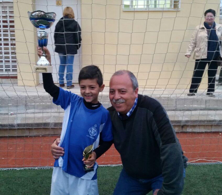 Fallece Manuel Zurita, un clásico de entrenamientos y partidos de su nieto