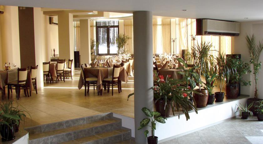 Хотел Жак***