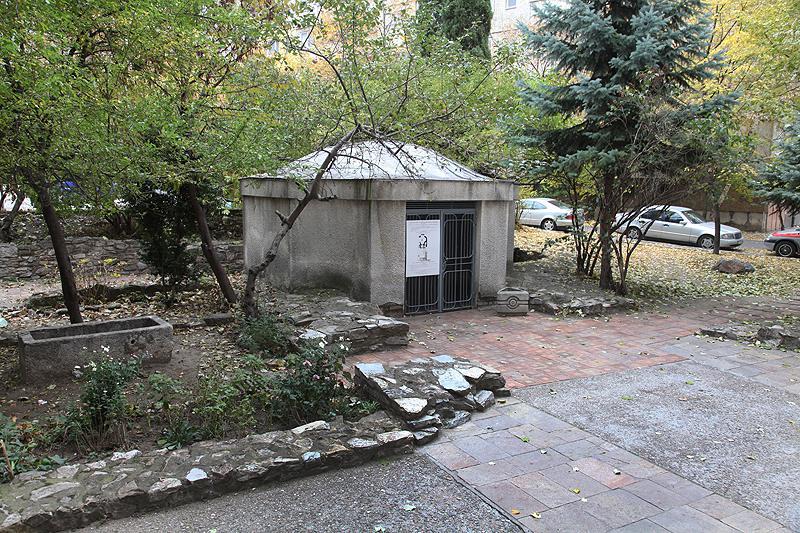 Раннохристиянска църква с епископска гробница (ІV-VІІв.)