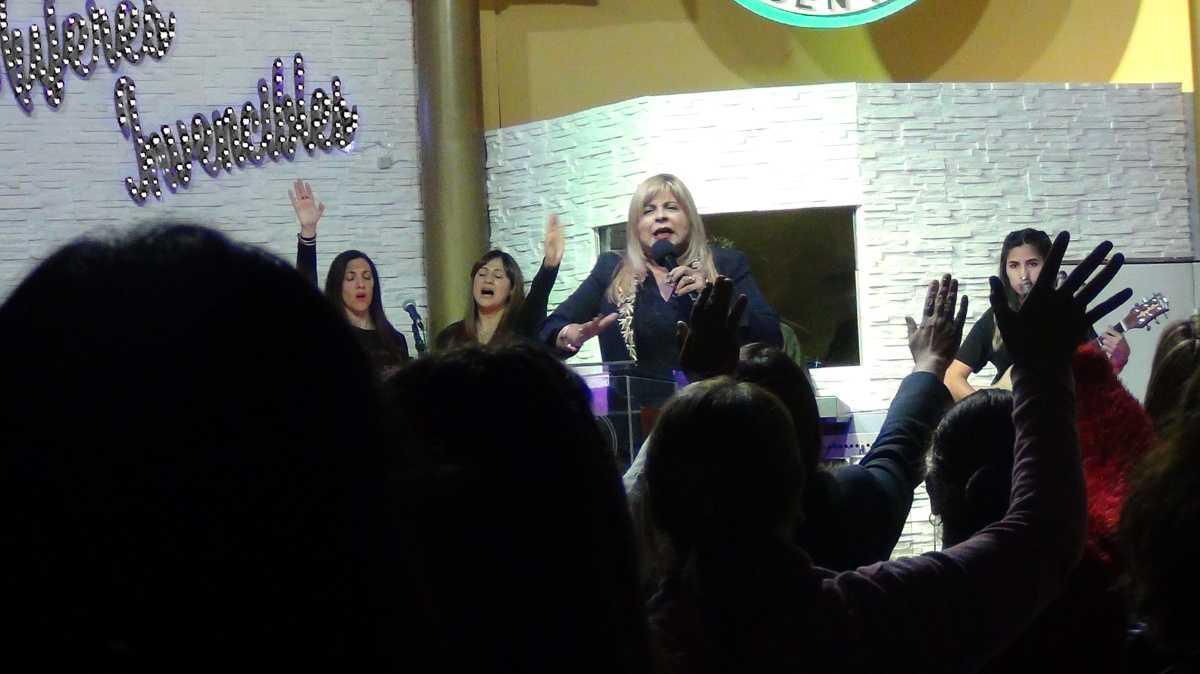 Apóstol Maria del Carmen Prats - Conferencia para Mujeres Libre Soy
