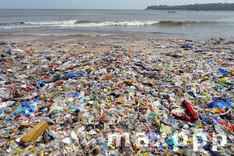 Plastiques à usage unique interdits dans l'UE dès 2021