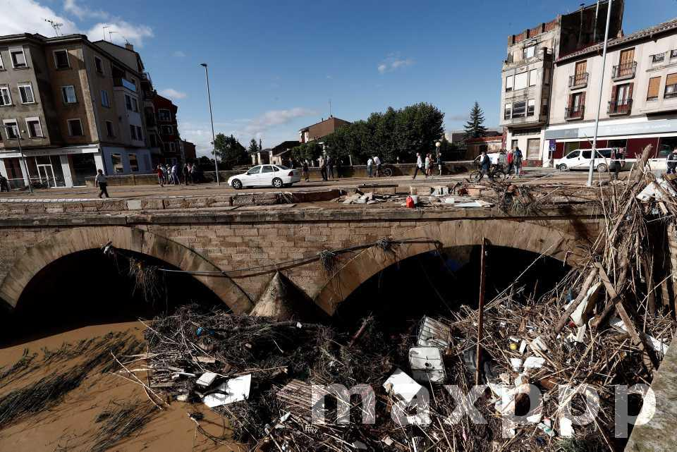 Amérique et Europe : Inondations et grêlons