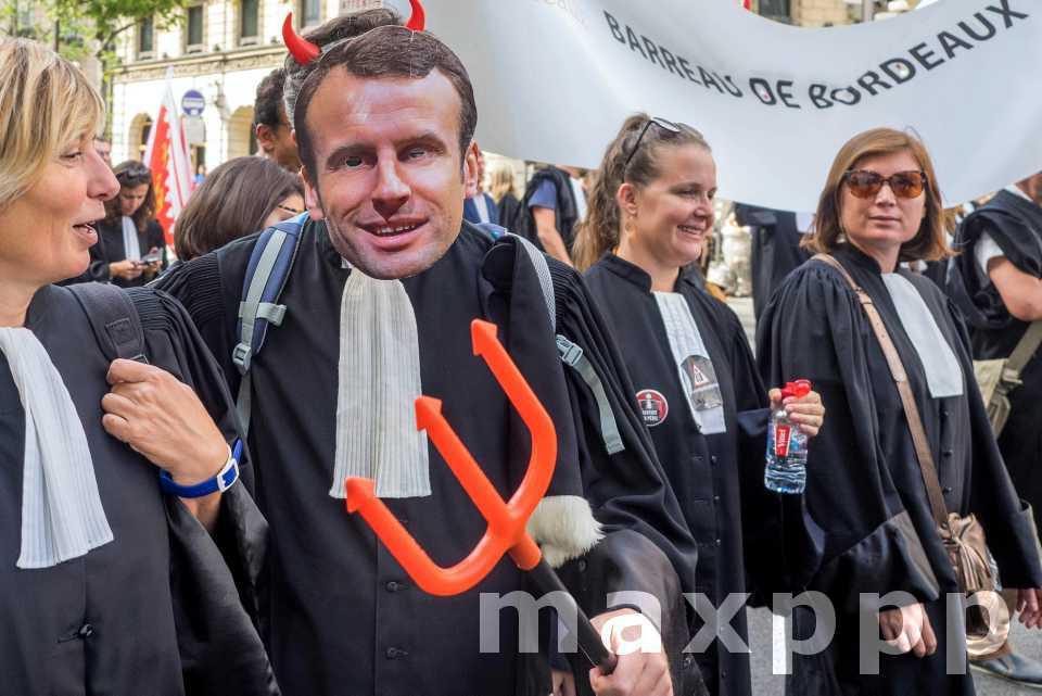 Rentrée sociale chargée pour le gouvernement français