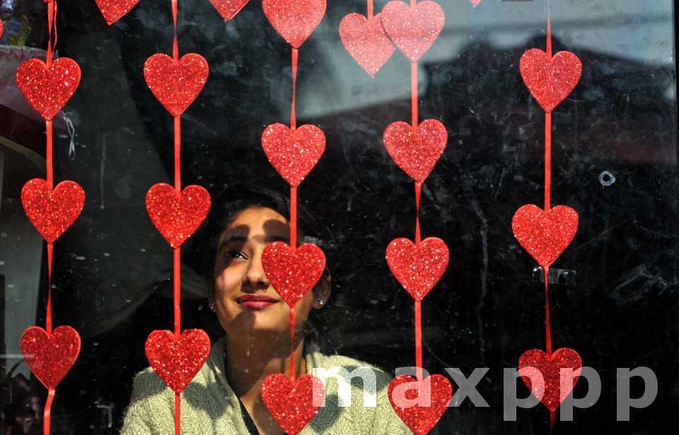 La Saint Valentin inonde le monde de cœurs