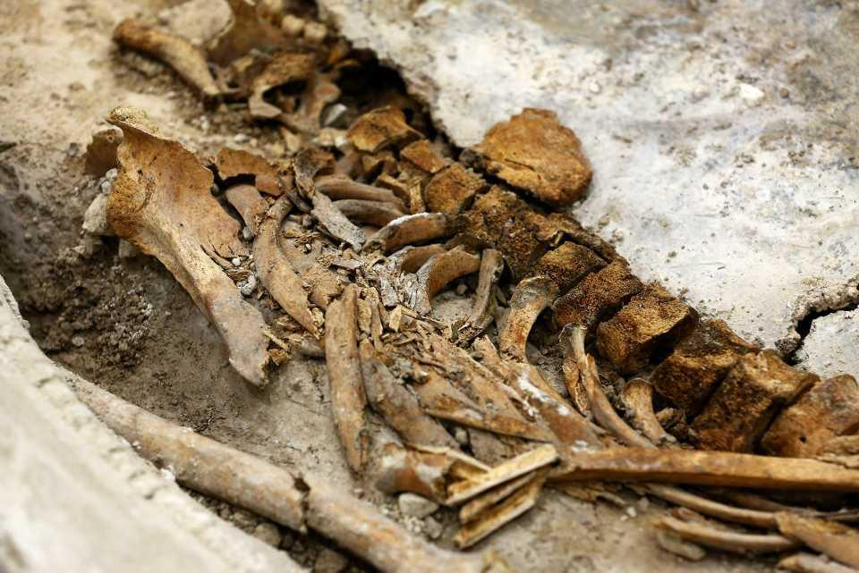 [Focus] - À Arras, un sarcophage romain du IVe siècle présenté au public
